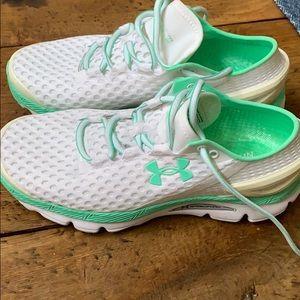 UA running shoes.  NWOT.  Womens 9